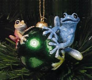 Kitty's Critters Frog Ornament: Looking for Santa
