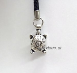 Silvery Turtle Zipper Pull