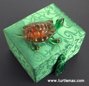 Glass Turtle Friendship Messenger